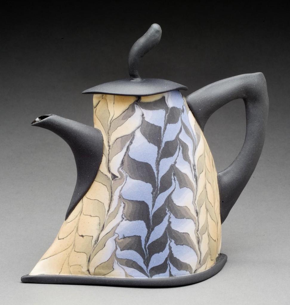 teapot feather rutile viol korsillo